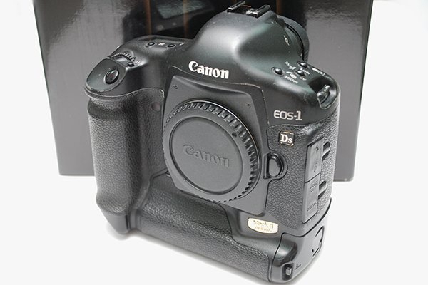 Canon 1DS Mark II 1DS2 單機身